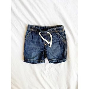 Old Navy Baby Denim Shorts 6-12 months